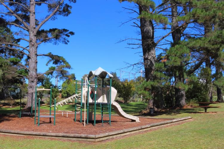 Childrens play equipment at Medlow Bath park